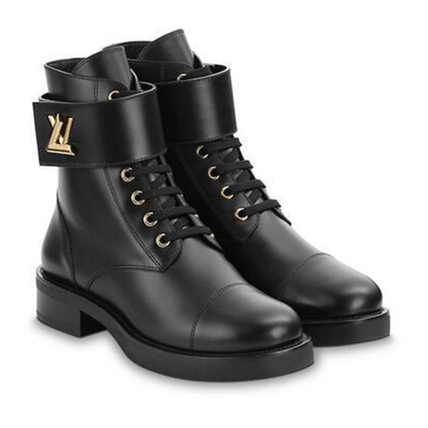 best selling 2019 Trend New Flat With Rubber Outsole Boots Fashion Personality Non-slip Waterproof Black Martin Motorcycle Boots Factory Direct Sales