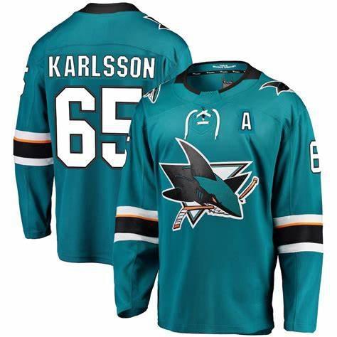 65 Karlsson (a) bleu
