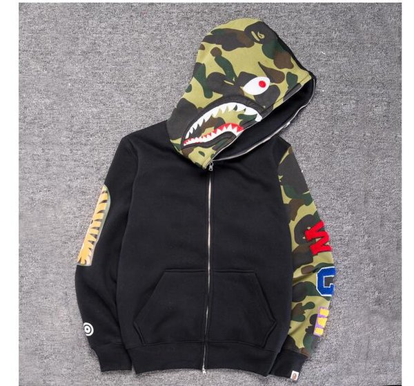 Men's Camouflage Shark Mouth Print Hoodie Plus Cashmere Sweater Men Women Hooded Autumn Winter Jacket Embroidery Shark Camo Spilce
