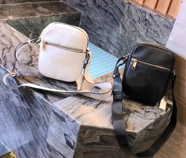 Наиболее характерный дизайн граффити нового подлинного продукта в 2019 году, последний размер счетчика сумок: 23 * 18см-95Дизайнерские сумки