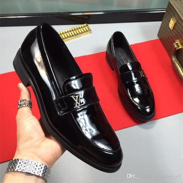 Erkek Sıcak Satış Erkek ayakkabı lüks hakiki deri düz iş resmi ayakkabı mens elbise brogues oxfords keşiş askısı ayakkabı