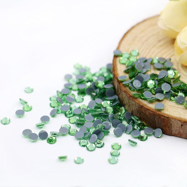 SA-214-Peridot ss3-ss50 Austria Glass Rhinestone Crystal Hot fix Rhinestone Good Quality Hot Sale for Wedding Dress