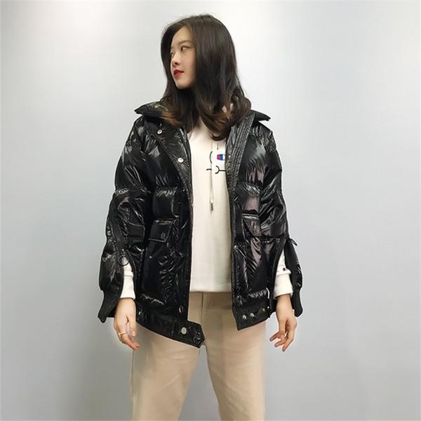 2019 Nouveau Femmes Casual Manteau Femme Peinture mode coréenne en cuir brillant Silver Beach agneau cheveux grand col de fourrure Veste d'hiver YYY354