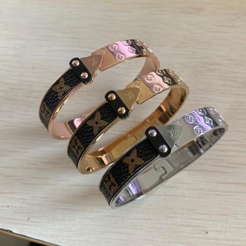 Haute qualité deluxe célèbre marque 316 L acier au titane 18K or rose amoureux en cuir fleur flèches bracelets bracelets pour hommes femmes 19cm