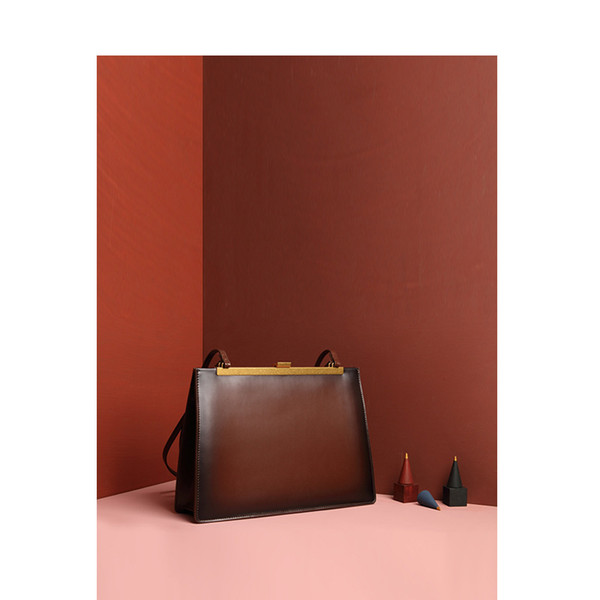Luxurious2019 Excellent Go Am Anna Single Shoulder Handbag Clasp Clip Document Square Package