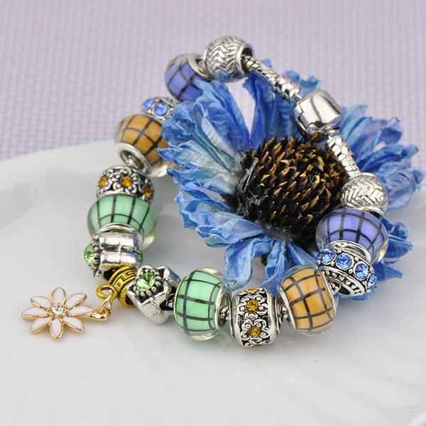 Women Designer Silver Palted Bracelets Diamond Glass Beads Bangles Crystal Beaded Fit Pandora Charm Bracelets Daisies Petal Pendant P78