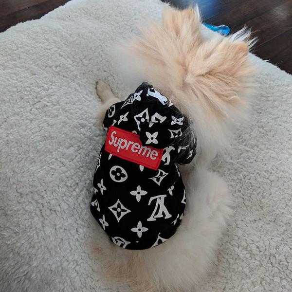 Designer Marke Haustier Hund Katze Hoodies Mode Logo Schöne Teddy Puppy Schnauzer Hundekleid Mode Haustier Outwear Kleidung Hund liefert