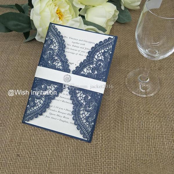 24 Color Shimmy Azul Marinho Convites de Casamento de Corte A Laser 2019 Elegante Rendas De Casamento Convites com Cinto e Diamante de Impressão Gratuita Frete Grátis