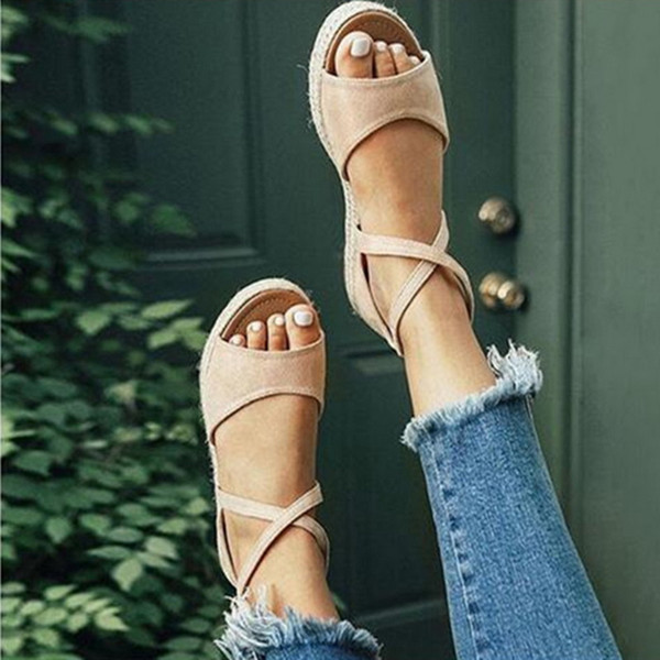 Women Summer Beach Flat Shoes Women Summer Fashion Peep Toe Buckle Design Roman Sandals Ladies Shoes Sandals