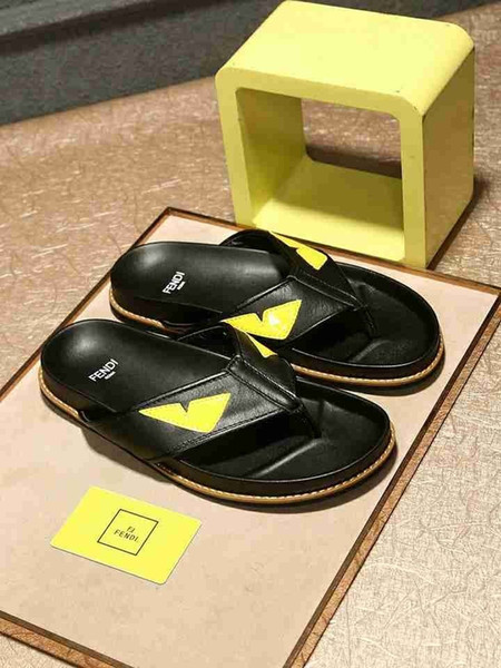 2019 Summer Men's Slippers New Fashion And Best Selling Sandals Personality Flip Flops exquisite