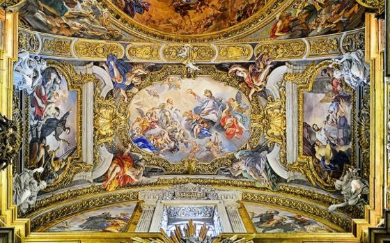 top popular Custom any size 3d ceiling murals wallpaper Golden Hall Classical Luxury Embossed Zenith Mural 2019