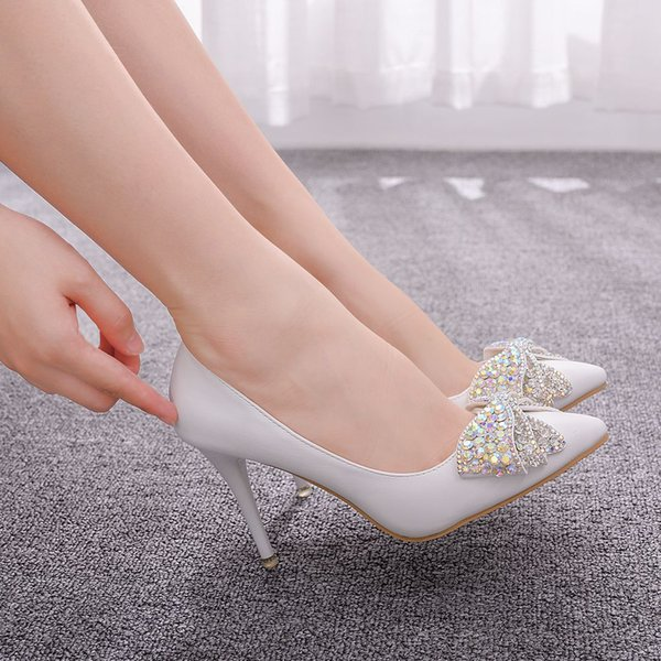 Özel Durum Sivri Ayak parmakları Rhinestones Bow Gelin Düğün Ayakkabı için büyüleyici Beyaz PU Deri Yüksek Topuklar Düğün Ayakkabı 2019 Bayan Ayakkabı