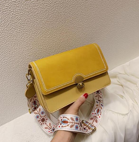 Nuevo bolso cuadrado pequeño de moda, bolsos de ocio simples, textura arenosa, bolso inclinado de un hombro