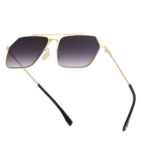 2019 new fashion, high quality sunglasses, sunglasses, metal polygons, gold framed men's and women's sunglasses and gradient ocean slices.