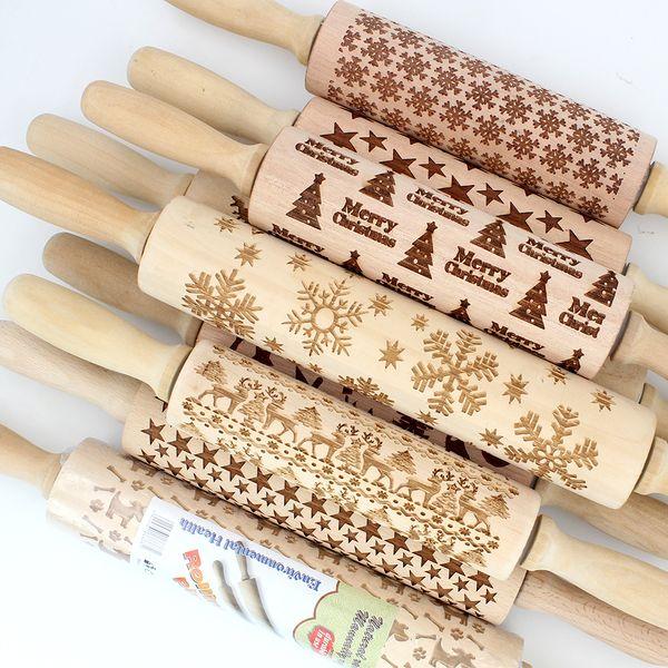 best selling 43cm Christmas Embossing Rolling Pin Engraved Carved Wood Embossed Rolling Pin Snowflake Reindeer baking