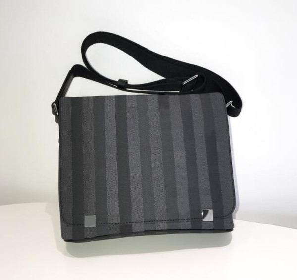Genuine Leather DISTRICT High quality 41209 Classic designer fashion Men messenger bags cross body bag school bookbag shoulder bags