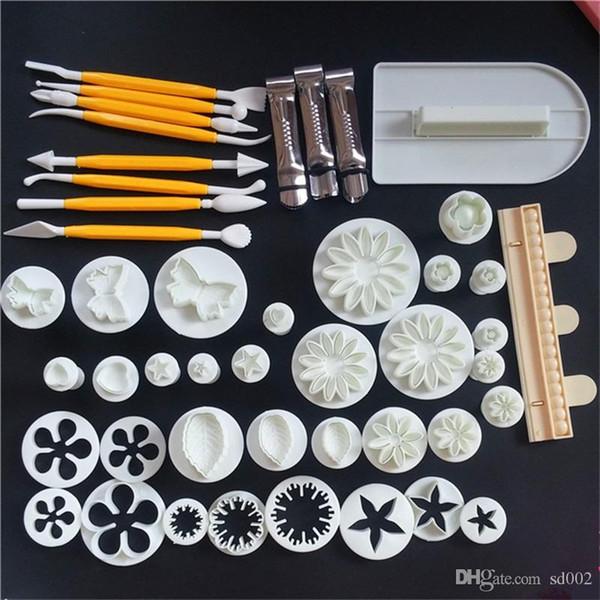 Nahrungsmittelgradplastikkuchen-Backenwerkzeuge mehrfacher Zuckerschmelzen Kuchenform Kekse, die Muster prägen, sterben Drucken Mischfarbe Heißer Verkauf 12hrE1