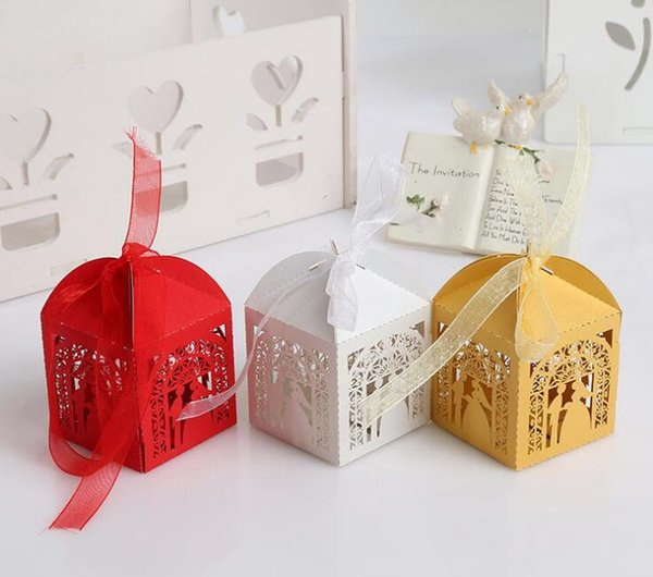 Cheap Gold Wedding Favor Holders Candy Chocolate Gift Boxes Bridal Groom Hollow Paper Box Rectangle Country Beach Wedding Gifts Souvenirs Large Favor