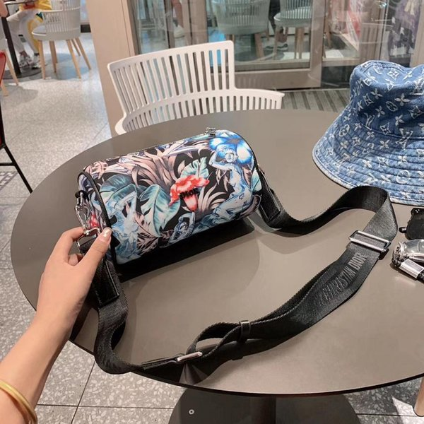 Neue Luxus-große Kapazität Handtasche Frauen-Prägung geneigter Schulterbeutel weibliche PU-Leder Umhängetaschen Dame-kosmetischer Handtaschentote