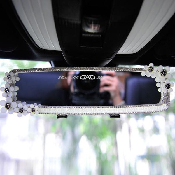 Kadınlar için Arka View üzerinde Evrensel Araç İç Dikiz Aynası Papatya Çiçek Kristal Dikiz Aynası Araç stil Klip Bling
