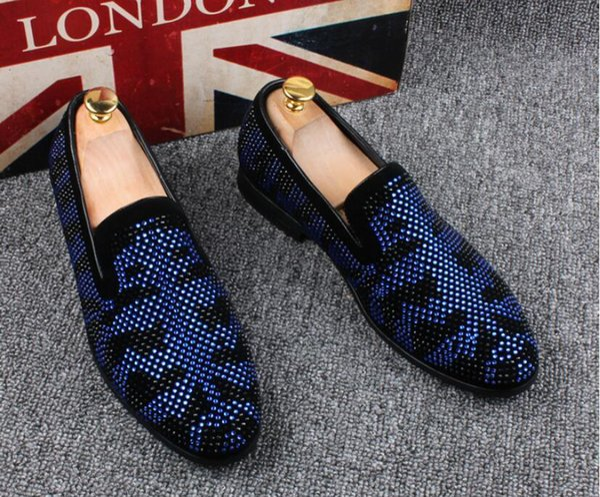Promotion 2019 spring Men Velvet Loafers Party wedding Shoes Europe Style Embroidered Black blue Velvet Slippers Driving moccasins 38-46
