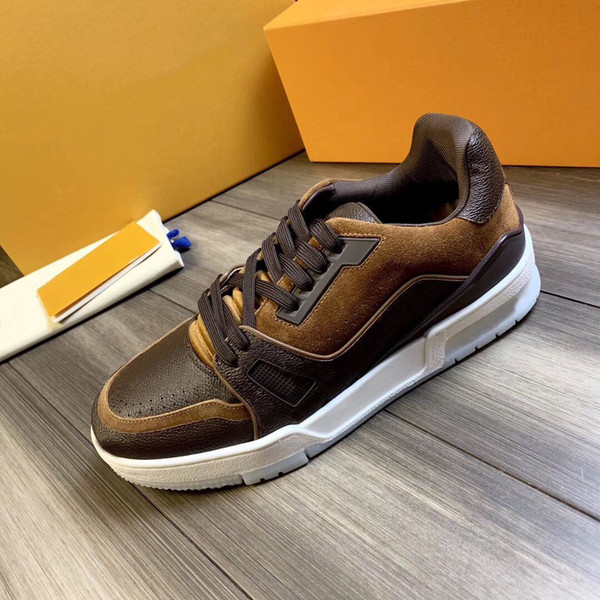 Brown Trainers Flowers Designers Shoes 2020 New Popular Tops Genuine Leather Chaussures Black Casual Luxury Designer Sneakers Wholesale
