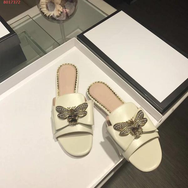 2019 eğlence kadın ayakkabı 35-39 Klasik Sıcak satış en kaliteli lüks arı Seti burgu dekorasyon kadın terlik