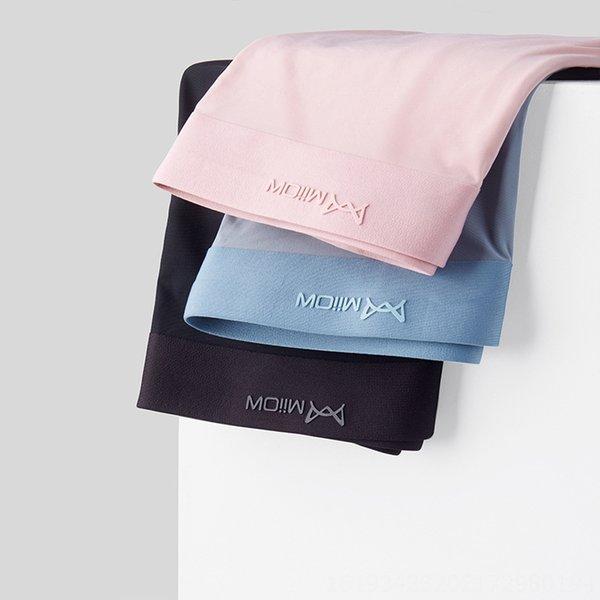 pink + hellgrau blau + Schwarz