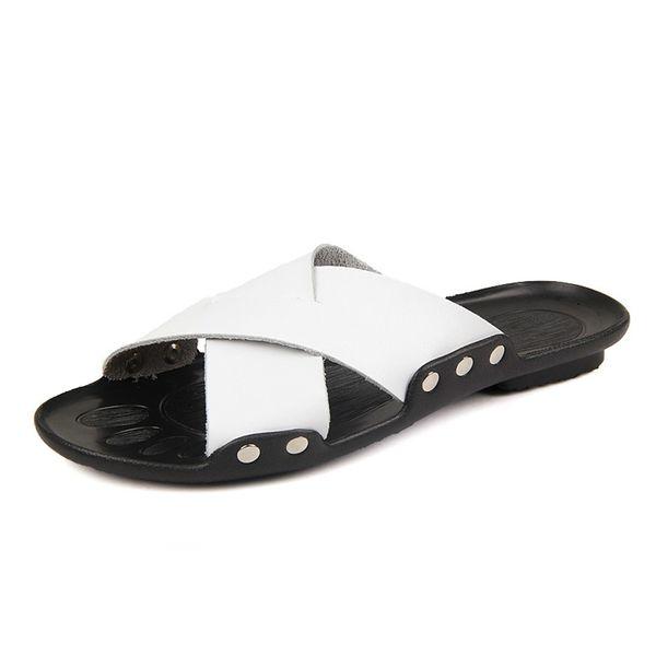 Summer Cool Leather Breathable Men Flip Flops Korean Style Male Slipper Non-slide Male Handmade Men Slippers HS166