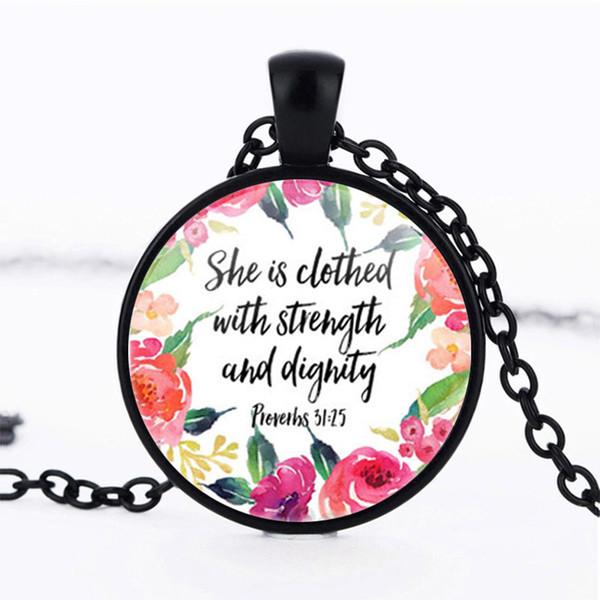 Elle est vêtue de collier de force et de dignité Proverbes 31:25 Vers de la Bible Collier de citation chrétienne