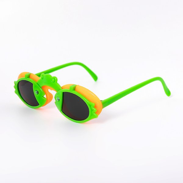orange/green bird