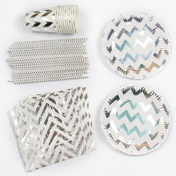 85 piezas Juego de vajilla desechable de papel de aluminio plateado Platos de papel Tazas Servilletas Baby Shower Favor Pajas de beber Decoración de fiesta de boda