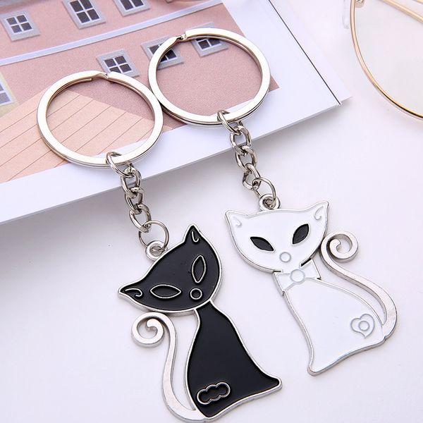 Nouveau Chat Noir et Blanc Couple Porte-clés Coeur Porte-clés Argent Plaqué Amoureux Amour Porte-clés Souvenirs Cadeau De Saint Valentin