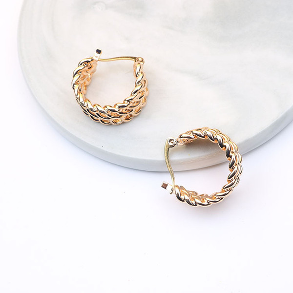Temperament Hundred And Up Personality Metal Chain Ear Circle Earrings66
