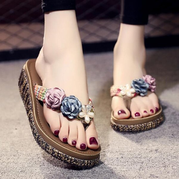 Sandalias de flores de verano Boca de pescado Sandalias de mujer zapatillas Zapatillas de tacón alto retro Zapatos de mujer con hebilla Chanclas de playa b86