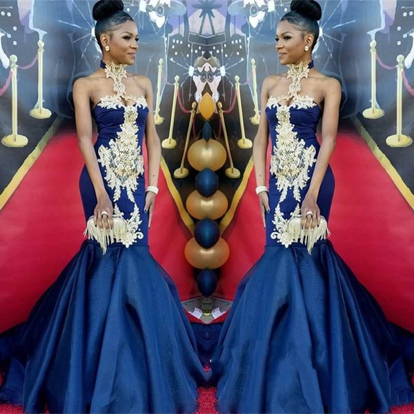 Fashion Halter Mermaid Pageant Dresses 2019 Navy Blue Sleeveless Gold Lace Appliques Red Carpet Prom Party Gowns Sexy Tight Evening Dress