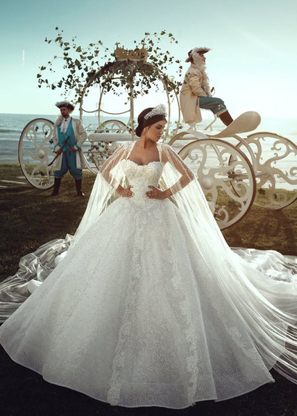 Lace Ball Gown Vintage Luxury Sweetheart Princess Plus Size Reception Beach Wedding Dresses Bridal Gown 2019 Bling Long Train With Wrap