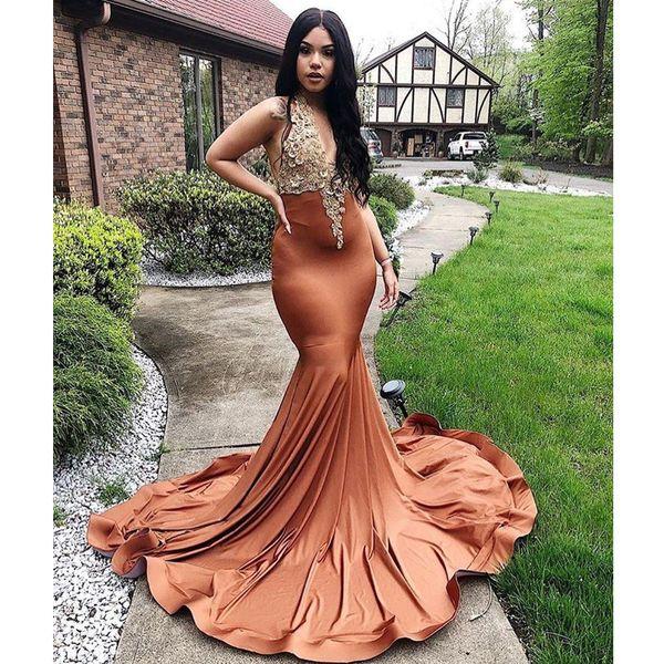 New Designer Charming Mermaid Prom Dresses V Neck Halter Appliqued Evening Gowns Plus Size Sweep Train Satin Party Formal Dress Abendkleid