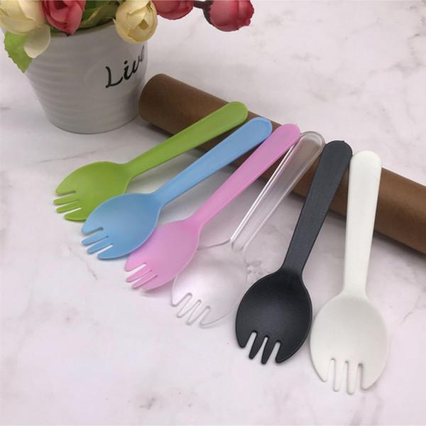 Couteau à usage unique et fourchette cuillère en plastique anniversaire gâteau Scrub Fabricants Emballage Promotion indépendant en gros Mousse Dessert Pudding S