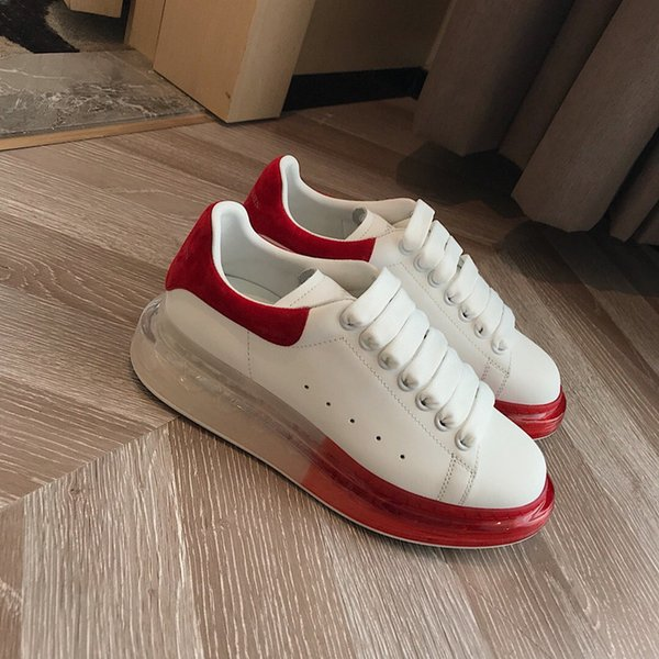 2019 Novos Sapatos de Grife de Moda de Luxo Mulheres Sapatos de Couro dos homens Rendas Até Plataforma Oversized Sola Sneakers Branco Preto Casual hx19071805