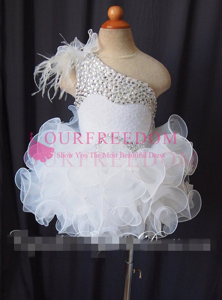 Lovely One Shoulder Mini Short Cupcake Girl's Pageant Dresses Feather Beaded Lace up Back Flower Girl Dresses Kids Birthday Party Dresses