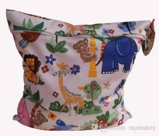 Animal Printed Diaper Bag Patterns Printing Wet Bag For Mum With Stylish Patterns Washable Travel Bag For Baby Care