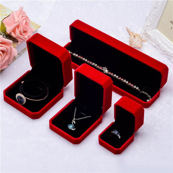 New Arrival Red Velvet Jewelry Gift boxes For Pendant Necklace Rings bracelet Bangle women Wedding Engagement Jewelry Packaging Display Case
