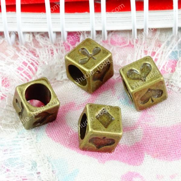 100 pz 7 * 7 * 7 MM bronzo antico europeo poker carte da gioco perline ornamento charms per il braccialetto vintage in metallo perline sparse gioielli fai da te fare