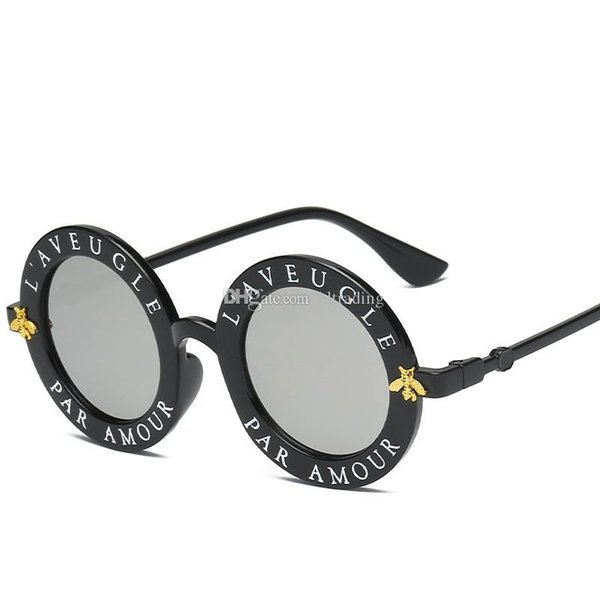 Children Sunglasses 2019 Summer Fashion personality letter bee glasses Decorative Beach Sunshade products kids Anti-UV glasses 7 colorsC6377