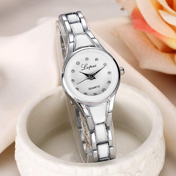 Moda Casual kadın Saatler Lüks Bilezik Saatler Bayanlar Kuvars Elbise Kadın Için Bilek reloj mujer Saat Hediye