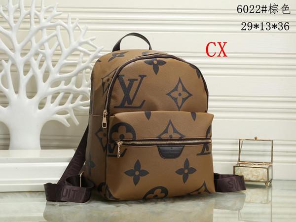 202 Hot solds Kadın çantaları tasarımcıları çanta cüzdan omuz çantaları, mini zincir çanta tasarımcıları crossbody çanta haberci çantası debriyaj çanta A74