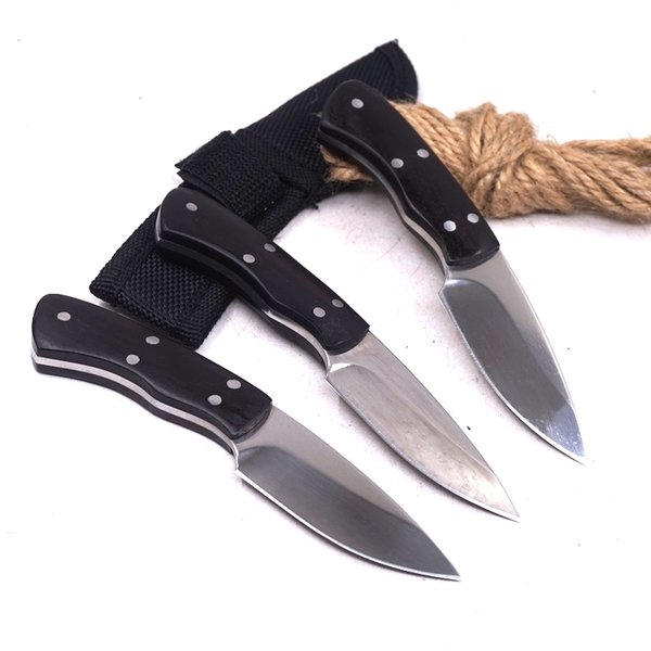small hunting knife