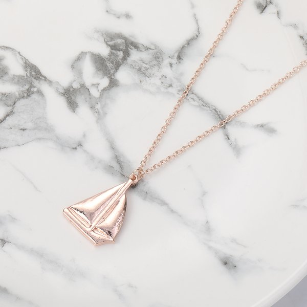 5pcs Small Sailing Vessel Yacht Charm Necklace Sail Boat Ship Craft Pendant Jewelry Necklace for Gift