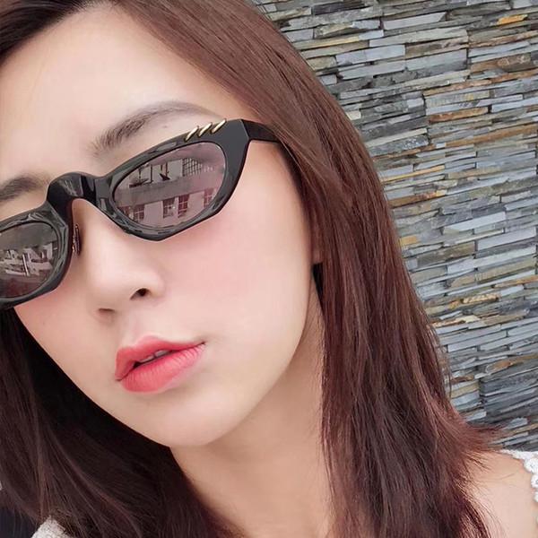 Nueva red de agua roja con el mismo párrafo gafas de sol rectangulares hip hop hombres y mujeres gafas de sol super fire gafas de sol